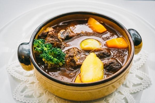 beef stew at Ueno Seiyoken restaurant - Tokyo Ueno Travel Guide | www.justonecookbook.com