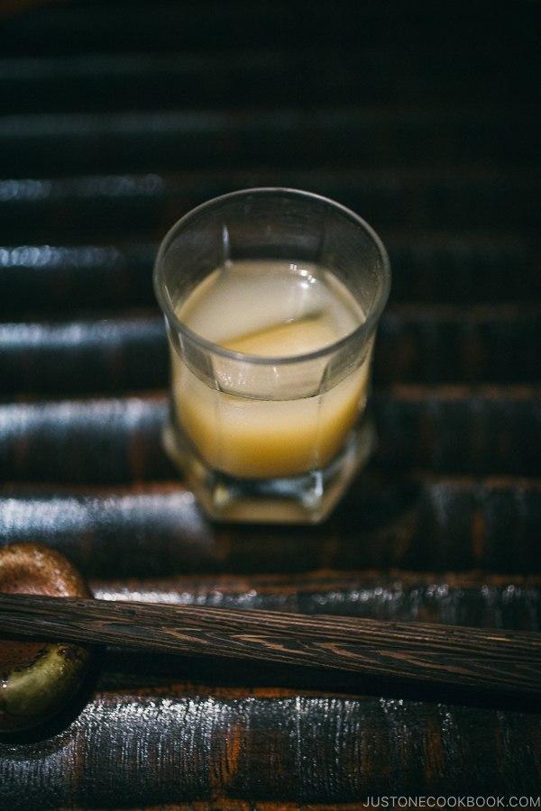 Apple sake - Wakuriya Restaurant Review | www.justonecookbook.com