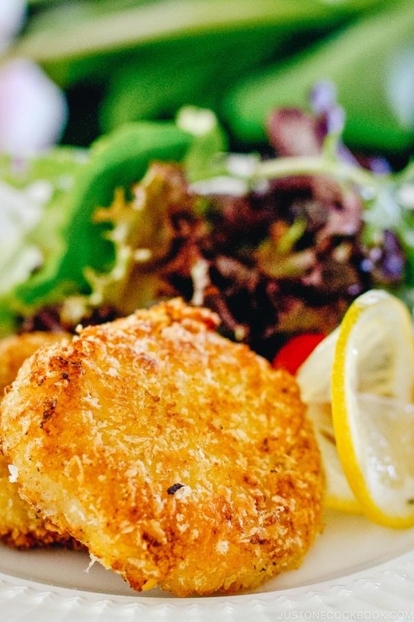 Creamy Crab Croquette | www.justonecookbook.com