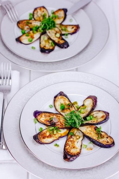 Eggplant with Sesame Ponzu Sauce | www.justonecookbook.com