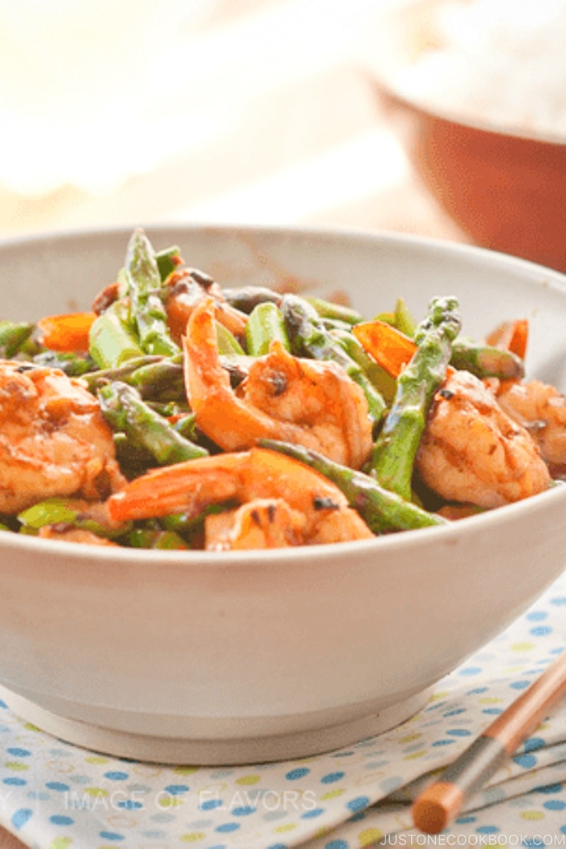 Stir Fried Shrimp & Asparagus in Black Bean Sauce