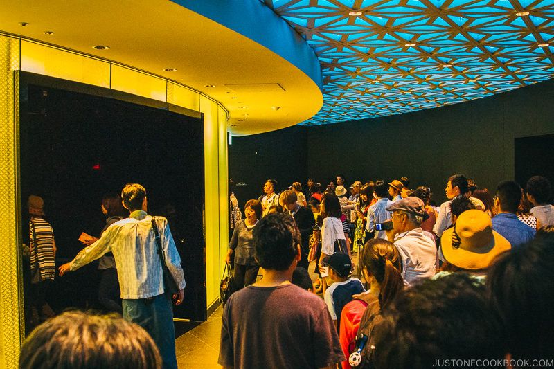 visitors waiting for elevator at Tokyo Skytree - Tokyo Skytree Guide | www.justonecookbook.com