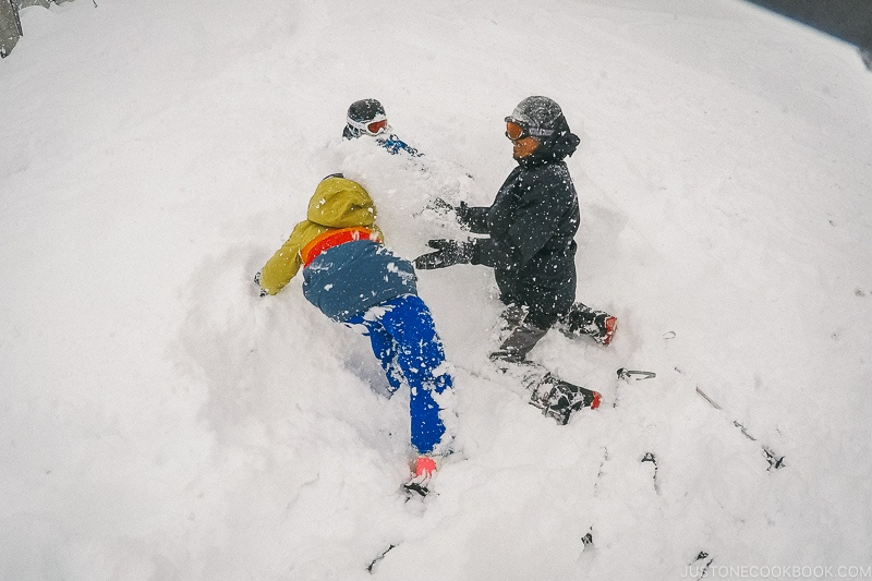 people playing in the snow - Hakuba Travel and Ski Guide | www.justonecookbook.com