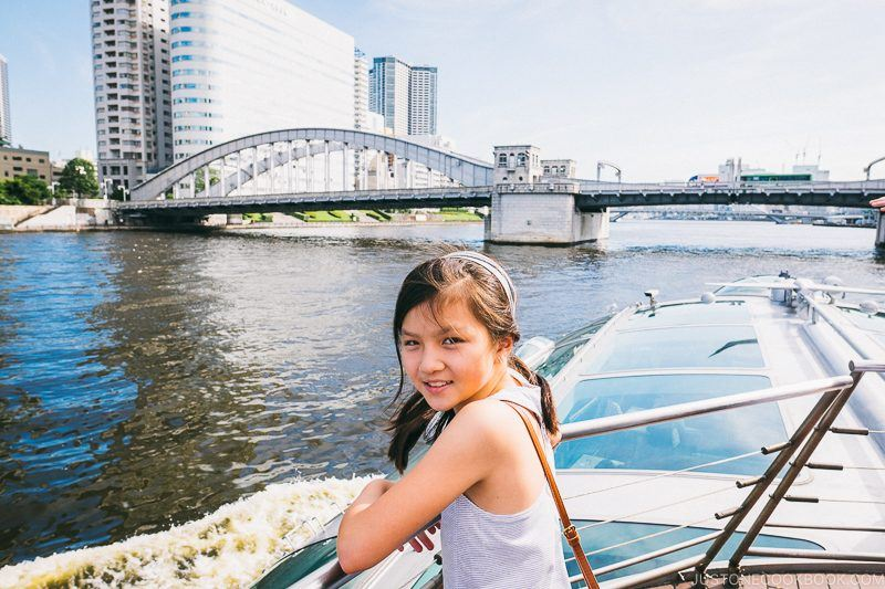 child on the roof deck of Tokyo Cruise HOTALUNA near Kachidoki Bridge - Tokyo Cruise | www.justonecookbook.com