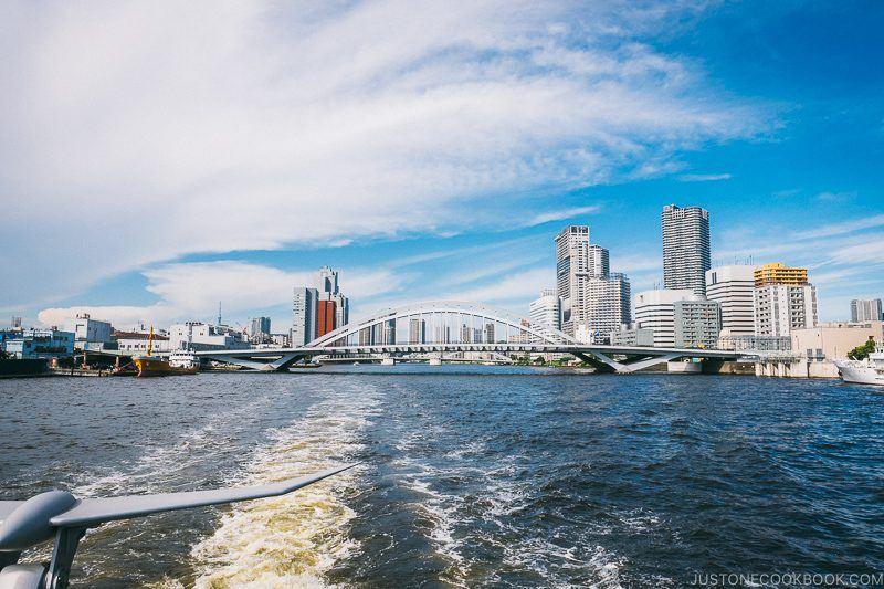 Tsukijio Bridge - Tokyo Cruise | www.justonecookbook.com