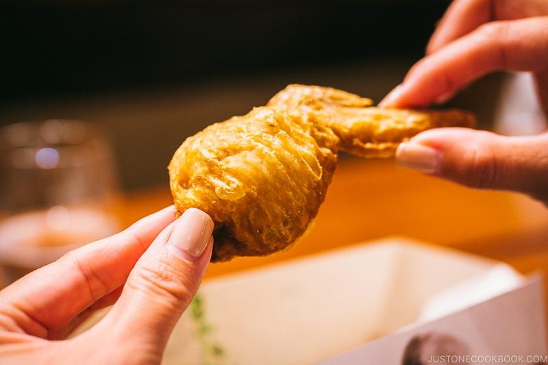 Den Fried Chicken - Restaurant Den Tokyo | www.justonecookbook.com