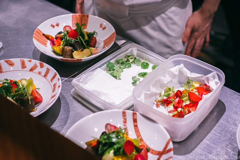 chef assembling signature salad - Restaurant Den Tokyo | www.justonecookbook.com
