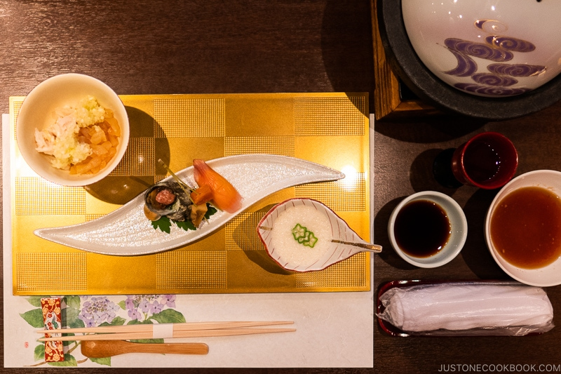 Japanese Dining Etiquette Guide Oshibori
