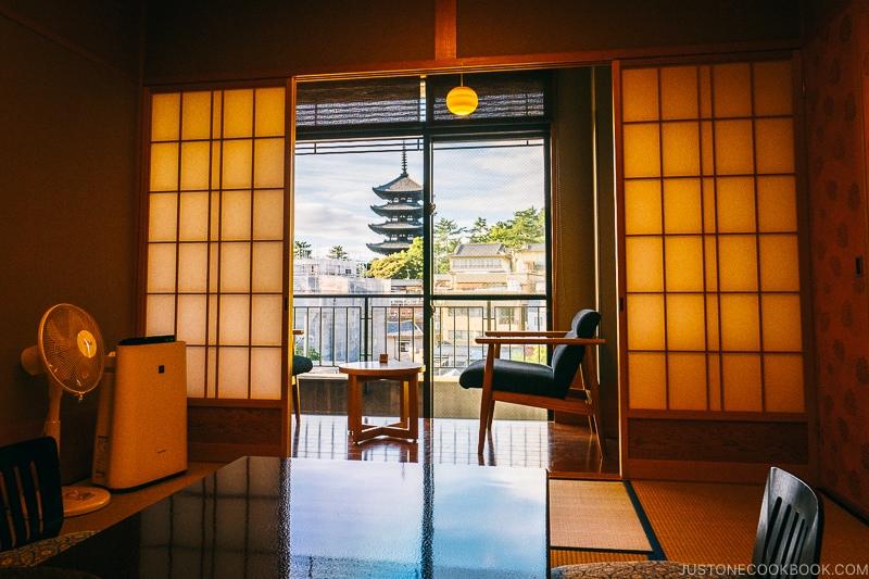 Asukasou ryokan room - Nara Guide: Things to do in Nara | www.justonecookbook.com