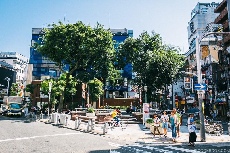 Sankaku Park - Osaka Guide: Amerikamura & Shinsaibashi Shopping Street | www.justonecookbook.com