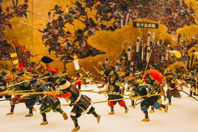 "Miniatures depicting ""The Summer War of Osaka"" - Osaka Guide: Osaka Castle| www.justonecookbook.com"