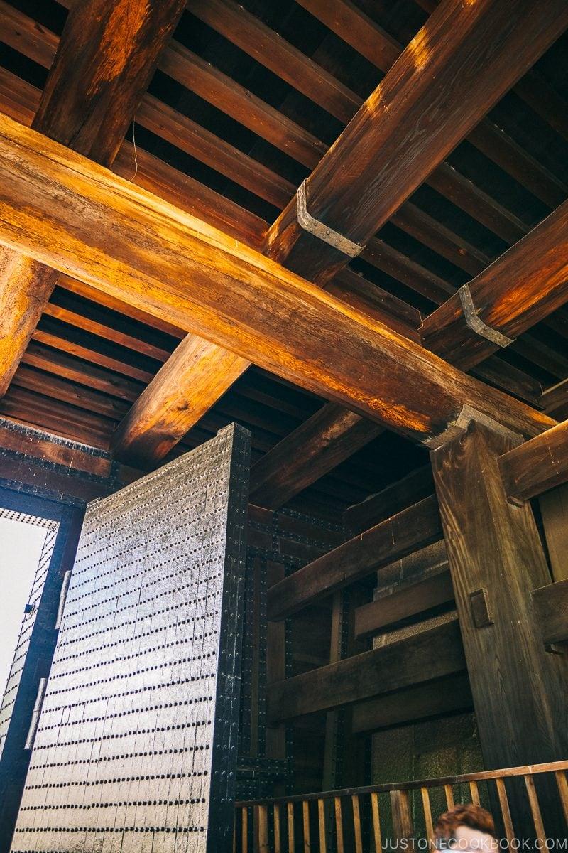 structure of Otemon Gate - Osaka Guide: Osaka Castle| www.justonecookbook.com