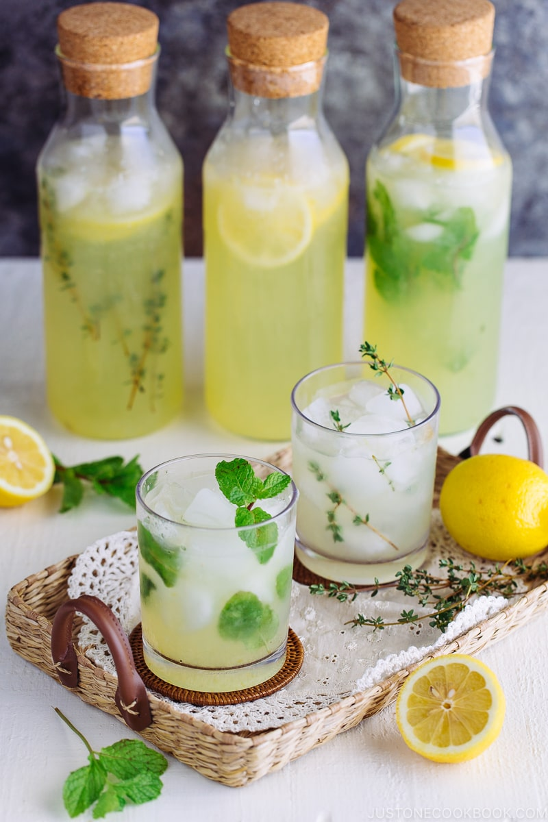 Homemade Lemonade - 12 Summer BBQ & Potluck Recipes Your Guests Would Love | Easy Japanese Recipes at JustOneCookbook.com