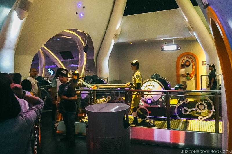 Kyary Pamyu Pamyu ride - Osaka Guide: Universal Studios Japan | www.justonecookbook.com