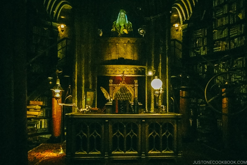 Albus Dumbledore office at Harry Potter and the Forbidden Journey ride - Osaka Guide: Universal Studios Japan | www.justonecookbook.com