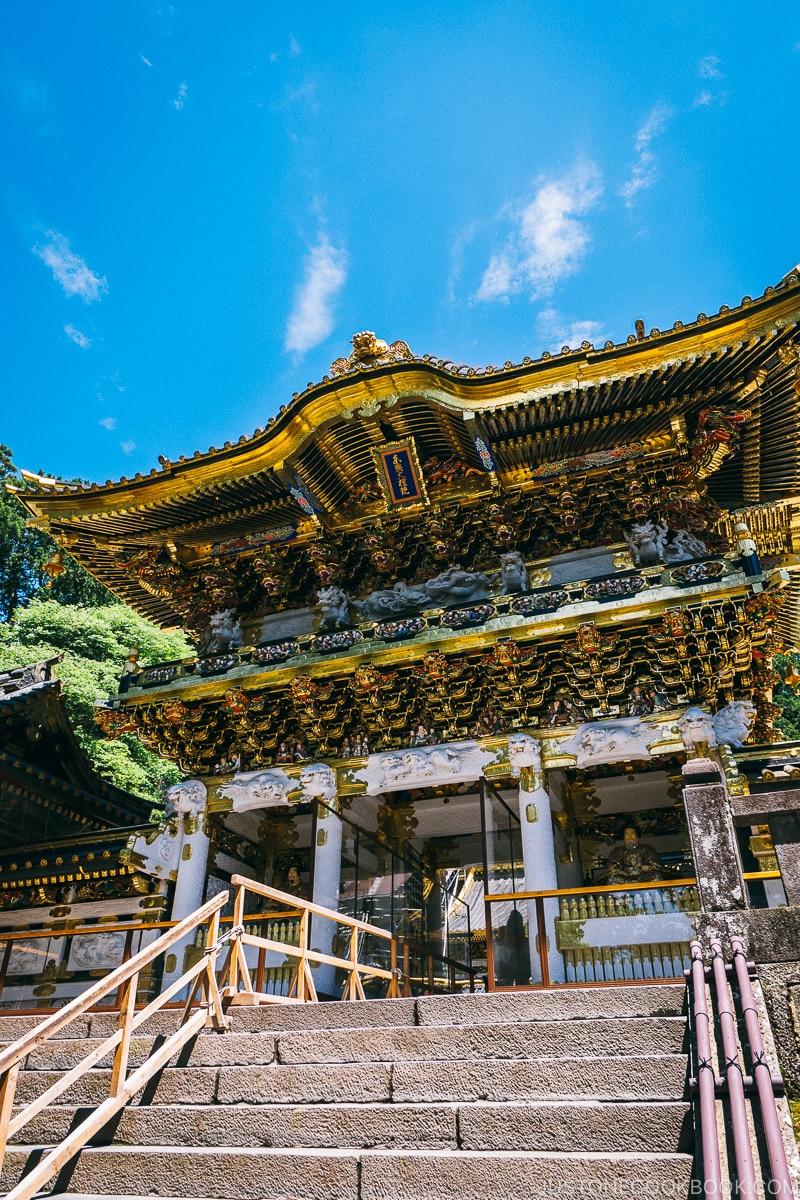 Yomeimon Gate - Nikko Travel Guide : Nikko Toshogu Shrine | www.justonecookbook.com