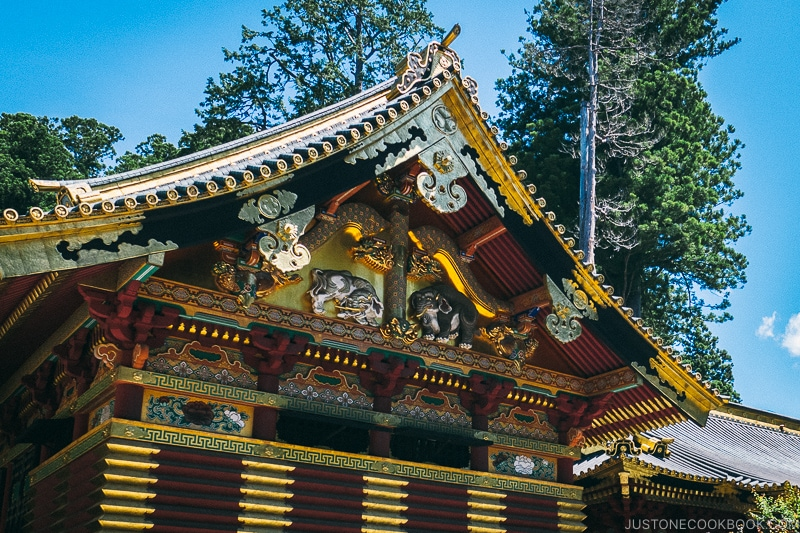 Imagined Elephants - Nikko Travel Guide : Nikko Toshogu Shrine | www.justonecookbook.com