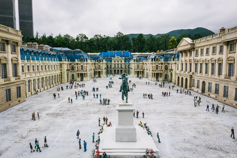 Palace of Versailles and Louis XIV statue - Nikko Travel Guide : Tobu World Square | www.justonecookbook.com