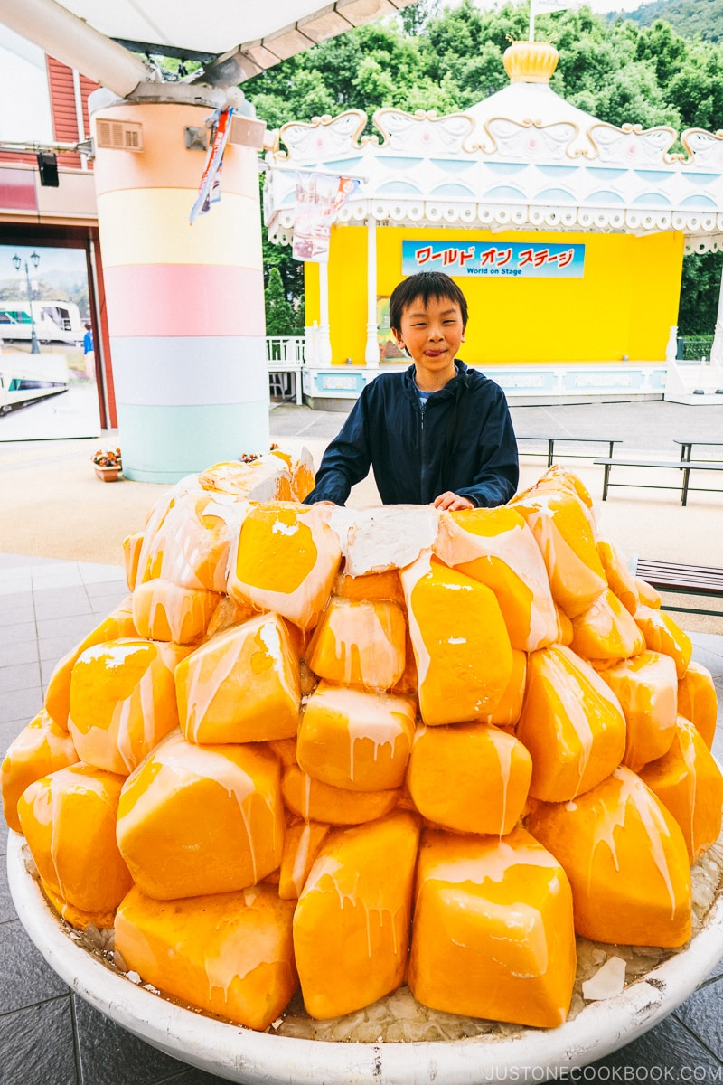 child inside giant mango ice cream - Nikko Travel Guide : Tobu World Square | www.justonecookbook.com