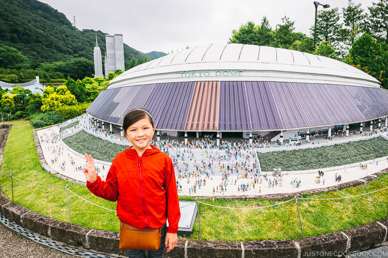 child in front of Tokyo Dome - Nikko Travel Guide : Tobu World Square | www.justonecookbook.com