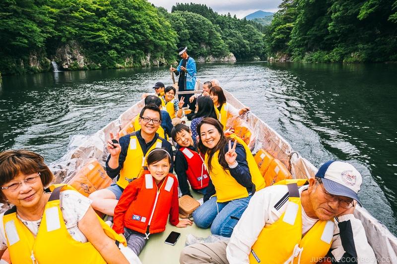 passengers on the Kinugawa boat ride - Nikko Travel Guide : Kinugawa Onsen | www.justonecookbook.com