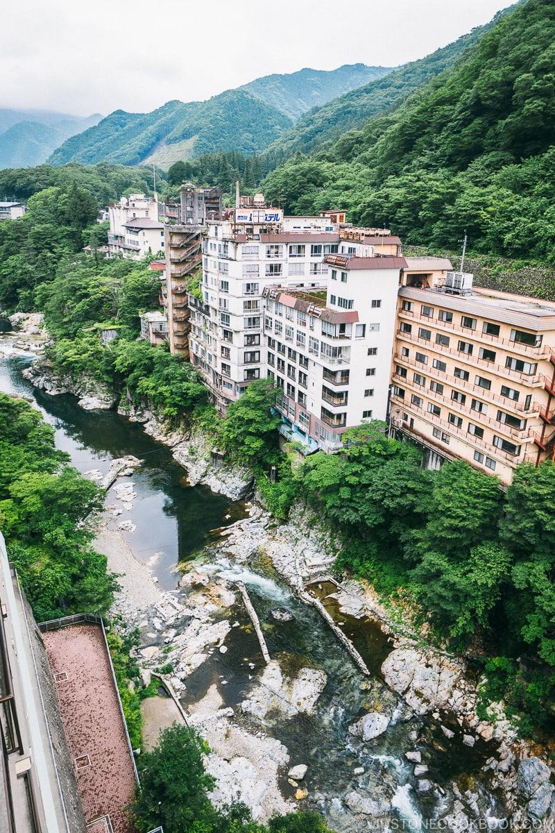 hotels across Kinugawa river - Nikko Travel Guide : Kinugawa Onsen | www.justonecookbook.com