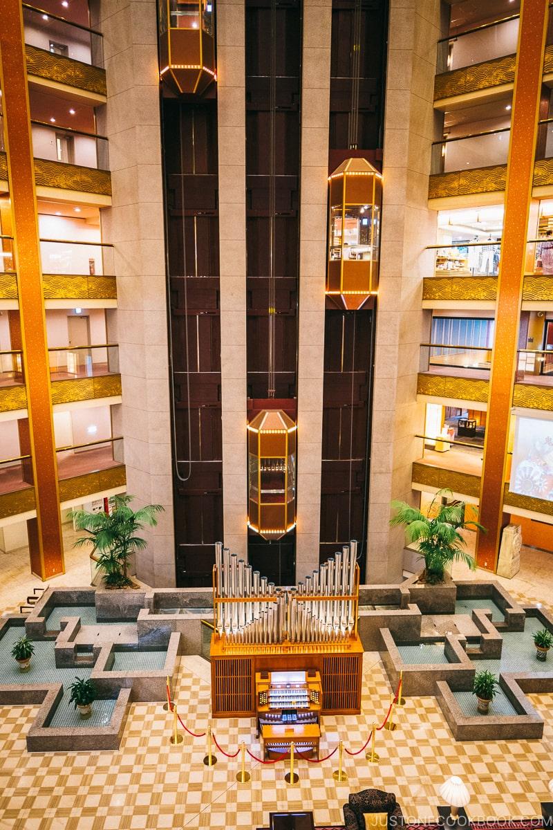 interior of Asaya hotel - Nikko Travel Guide : Kinugawa Onsen | www.justonecookbook.com