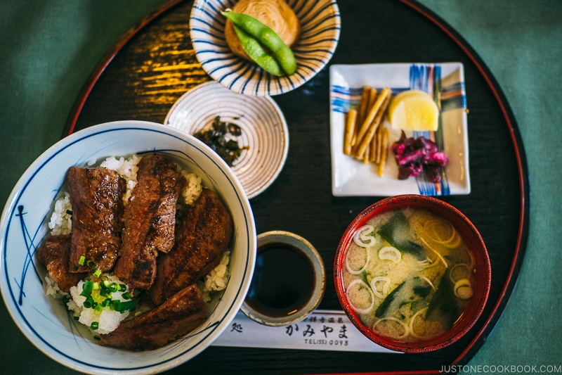 Wagyu beef donburi at kamiyama restaurant - Things to do around Lake Chuzenji | www.justonecookbook.com