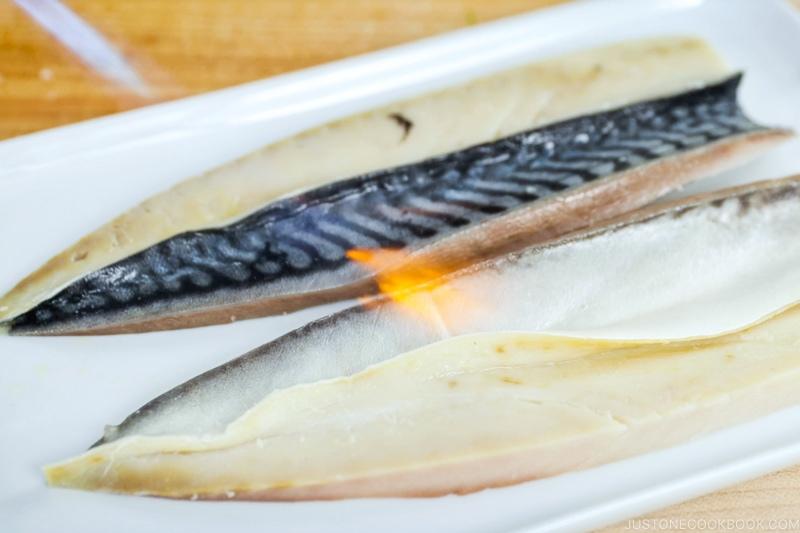 Mackerel Pressed Sushi 10