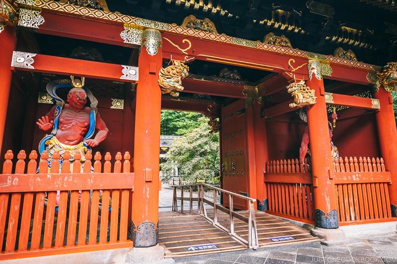Niomon at Nikkosanrinnoji Taiyuin - Places to Visit and Things to do in Nikko | www.justonecookbook.com