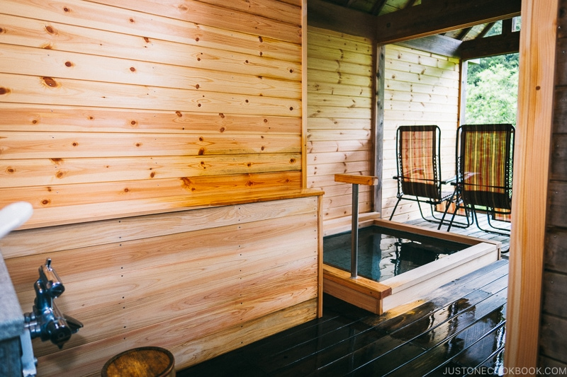 Private onsen on balcony at Okunoin Hotel Tokugawa - Places to Visit and Things to do in Nikko | www.justonecookbook.com