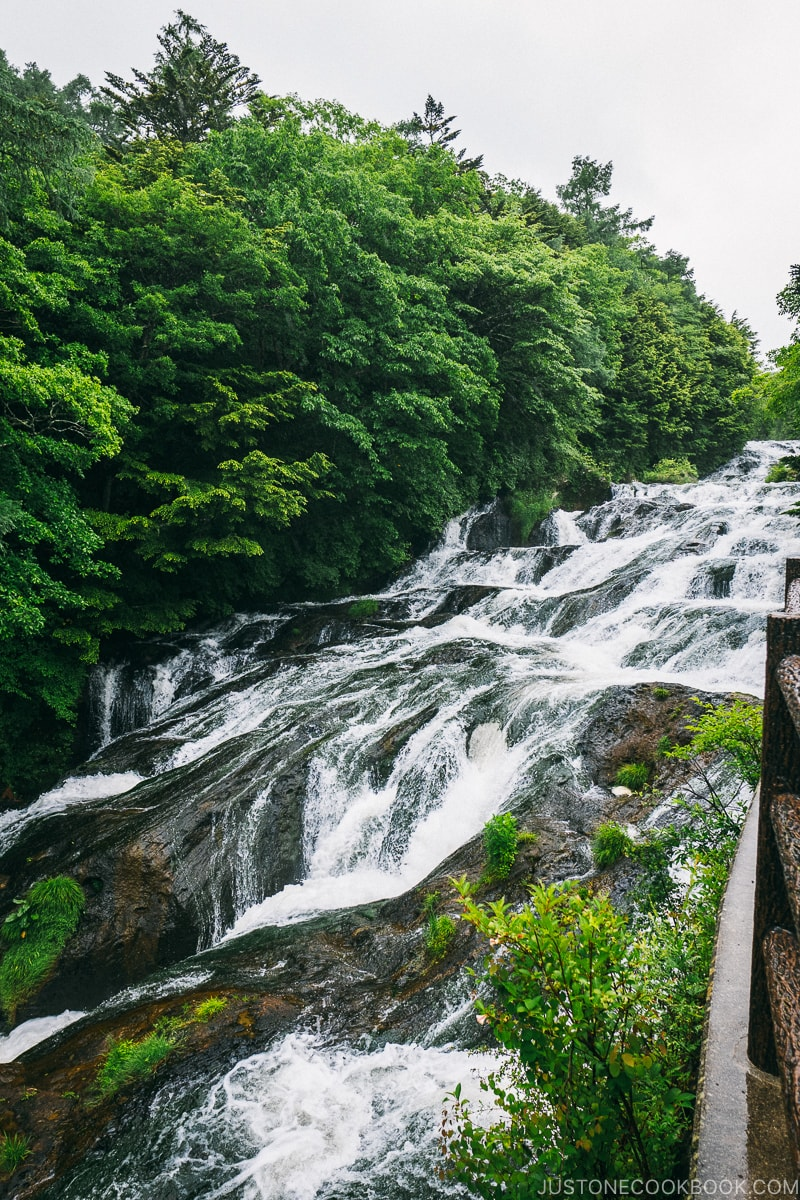 ryuzu falls - Things to do around Lake Chuzenji | www.justonecookbook.com