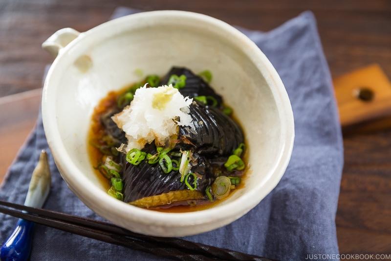 Japanese-Style Ceramic Tableware Soup Bowl Shallow Bowl Large Bowl Boiled Fish Sauerkraut Fish Bowl Soup Pot Large Soup Plate Household Deep Dish Fruit Plate Color : A