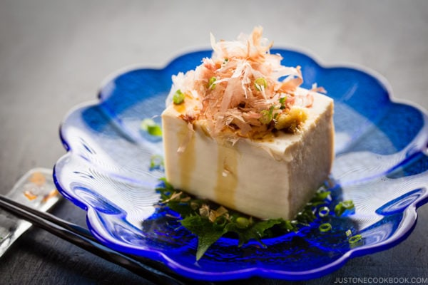 Hiyayakko (Japanese Chilled Tofu) on a blue plate.