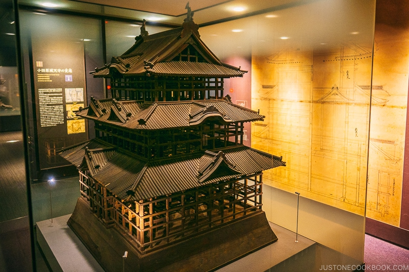 Wood model of Odawara Castle - Odawara Castle Guide | www.justonecookbook.com