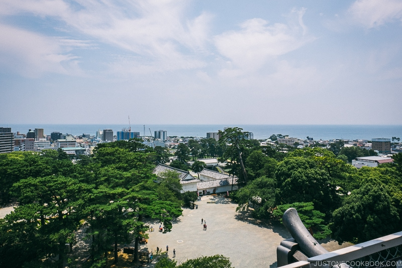 Tokiwagi Gate and Sagami Bay from Odawara Castle - Odawara Castle Guide | www.justonecookbook.com