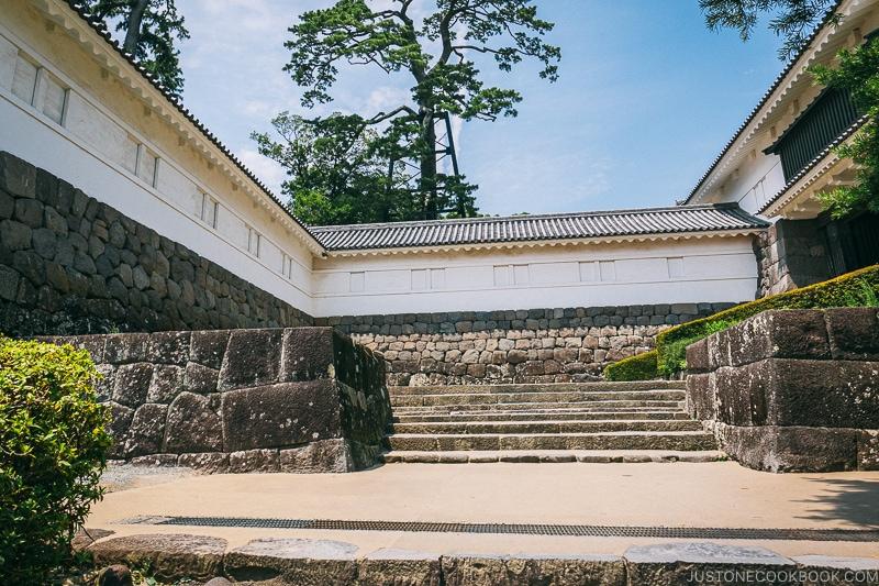 Tokiwagi Gate - Odawara Castle Guide   www.justonecookbook.com