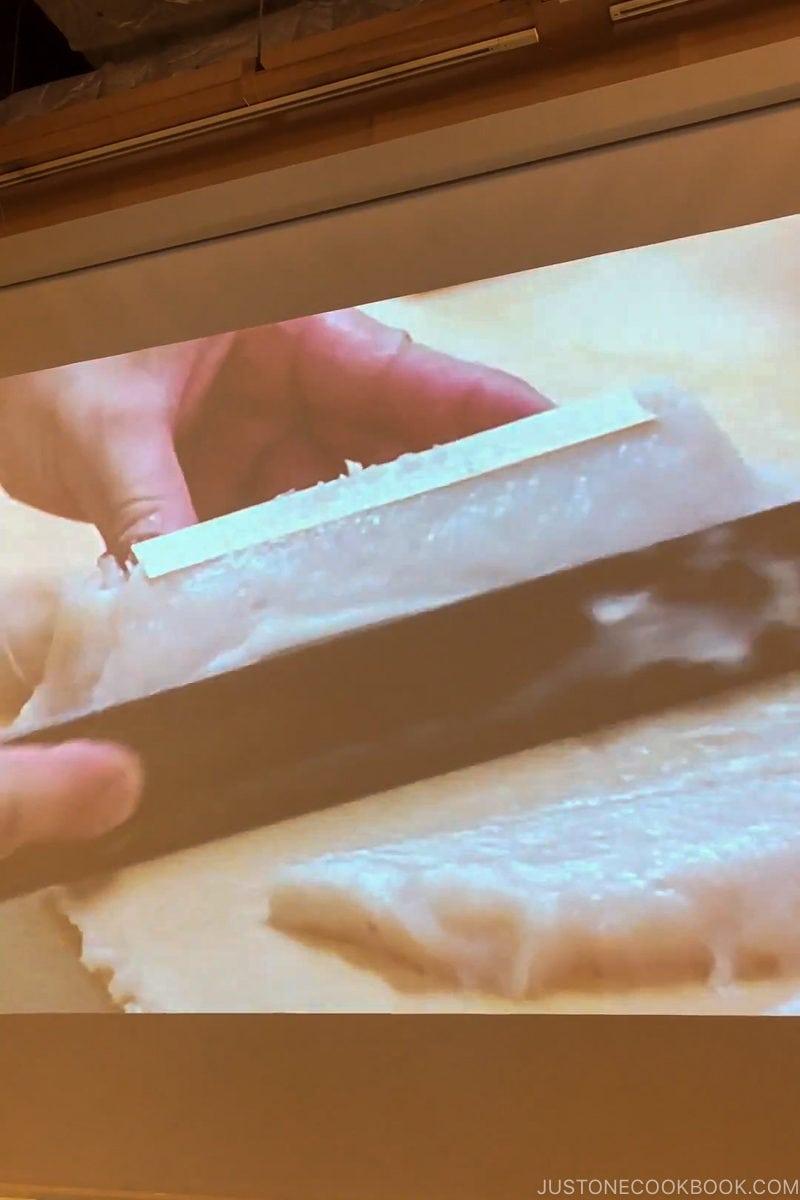 video tutorial on how to make kamaboko - Make Fish Cakes at Suzuhiro Kamaboko Museum | www.justonecookbook.com