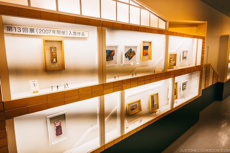 art exhibits on the second floor - Make Fish Cakes at Suzuhiro Kamaboko Museum | www.justonecookbook.com