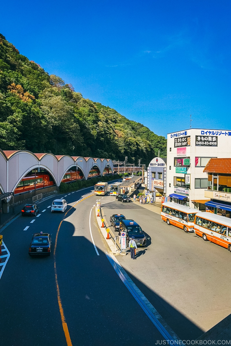 Taxis and buses waiting in front of station - Hakone-Yumoto and Hakone Freepass Guide | www.justonecookbook.com
