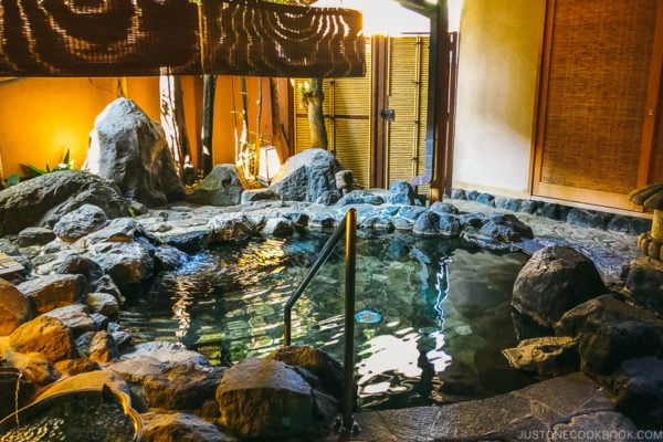 outdoor onsen - Onsen Etiquette: Your Guide to Japanese Hot Springs | www.justonecookbook.com