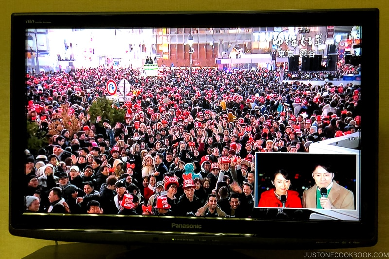 Crowd gathering at Shibuya on New Year's eve on TV - Celebrate New Year at Isawa Onsen in Yamanishi | www.justonecookbook.com