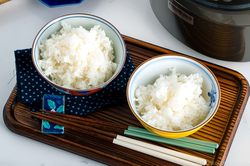 how to cook japanese rice in a rice cooker • just one cookbook
