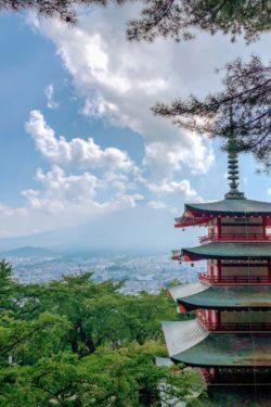 Chureito Pagoda and Mt. Fuji - Things to do around Lake Kawaguchi | www.justonecookbook.com