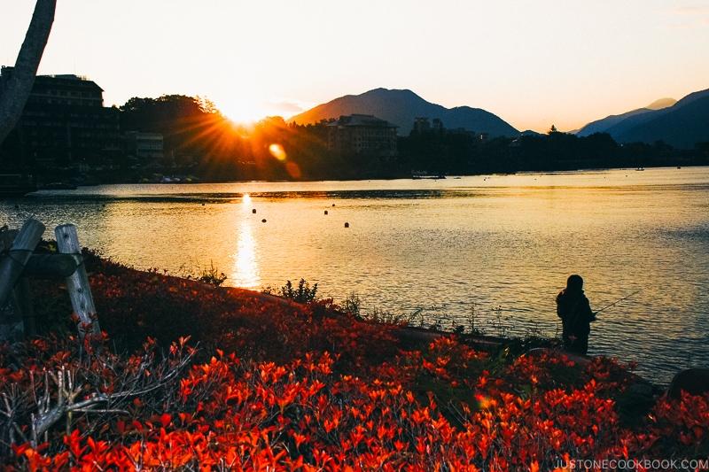 Lake Kawaguchi at sunset - Things to do around Lake Kawaguchi   www.justonecookbook.com