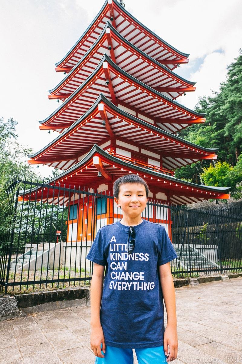 child posing in front of Chureito Pagoda - Things to do around Lake Kawaguchi   www.justonecookbook.com