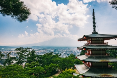 Chureito Pagoda and Mt. Fuji - Things to do around Lake Kawaguchi | www.justonecookbook.com