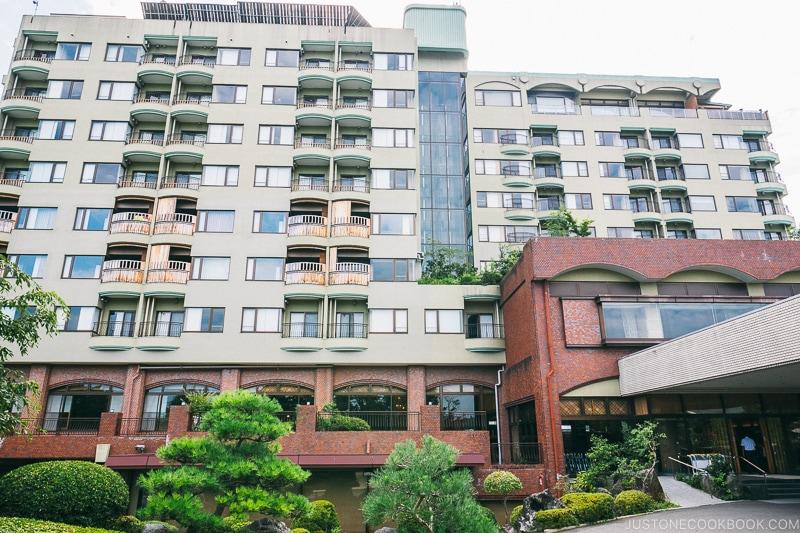 Hotel Kaneyamaen - Things to do around Lake Kawaguchi   www.justonecookbook.com