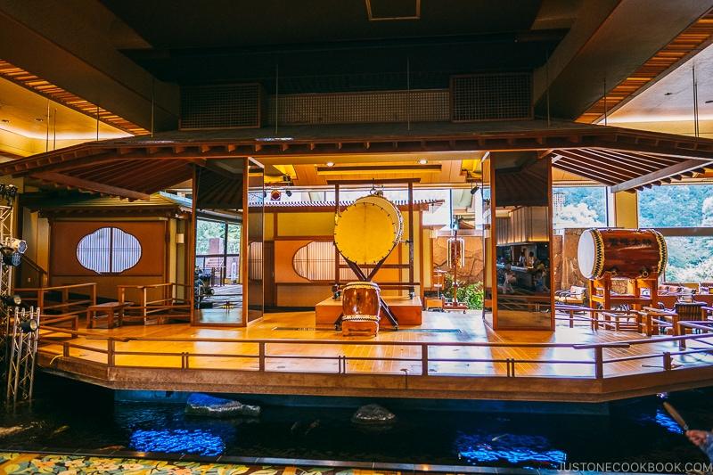 Taiko drum in the lobby - Things to do around Lake Kawaguchi   www.justonecookbook.com