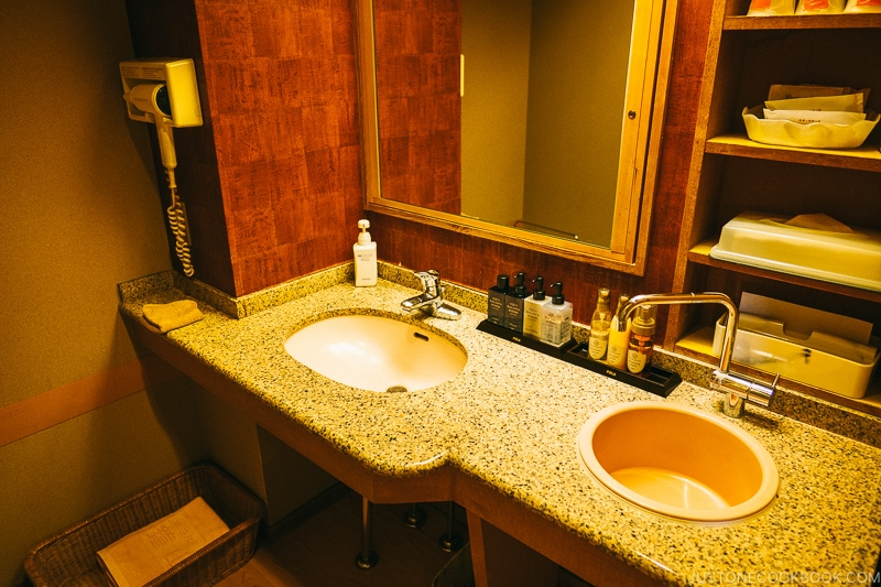 Double sinks inside bathroom - Things to do around Lake Kawaguchi   www.justonecookbook.com